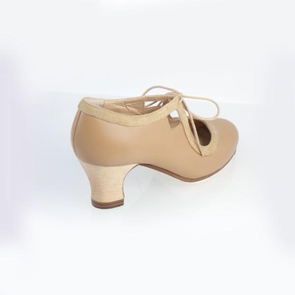 cbc31558 Zapato flamenco Begoña Cervera - ROMANCE